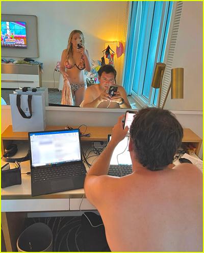Jamie Lynn Spears photo of Jamie Watson looking at Britney Instagram