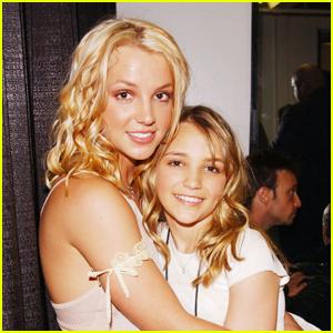 Jamie Lynn Spears Is Releasing a Memoir Amid Sister Britney's Conservatorship Battle