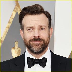 The Email Jason Sudeikis Sent to a Reporter Proves He's Exactly Like Ted Lasso in Real Life