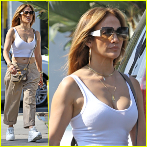 Jennifer Lopez Shows Off Her Midriff While Shopping in LA