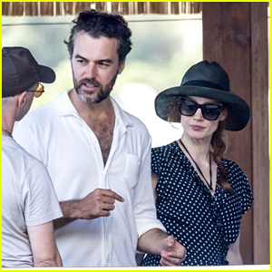 Jessica Chastain Runs Into Another Famous Star While Vacationing in Italy with Husband Gian Luca Passi de Preposulo