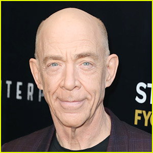 JK Simmons In Talks to Reprise Commissioner Gordon Role in 'Batgirl'
