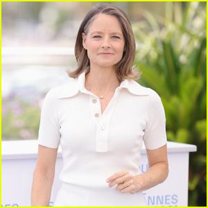Jodie Foster Receives Lifetime Achievement Award Palme d'Or at Cannes Film Festival 2021