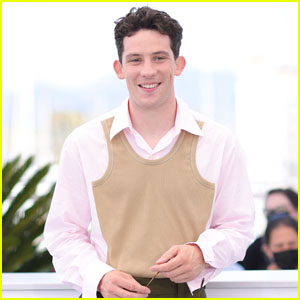 Josh O'Connor Arrives at 'Mothering Sunday' Cannes Photo Call!