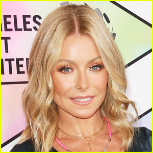 Kelly Ripa Set to Release Her First Book 'Live Wire' in 2022