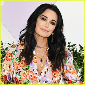 RHOBH's Kyle Richards Doing Okay After Medical Emergency With A Beehive!