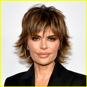 Lisa Rinna Reveals the Former Co-Star Who She Had Several 'One-Night Stands' With in the 90s