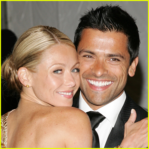 Mark Consuelos Can't Get Enough of Wife Kelly Ripa in Cheeky Photo!