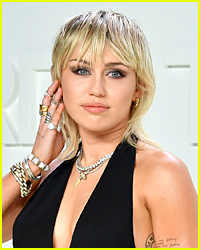 Miley Cyrus Showed Her Support for This Artist At Vegas Concert!
