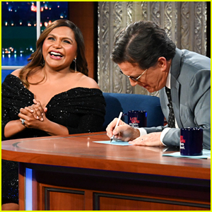 Stephen Colbert Walked In on Mindy Kaling In Her Bra Before 'Late Show' Taping