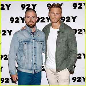 Stephen Amell Celebrates New Series 'Heels' with Alexander Ludwig & More Cast Members in NYC!