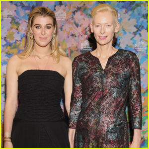 Tilda Swinton & Daughter Honor Make Stylish Duo at 'The Souvenir Part 2' Premiere During Cannes 2021!