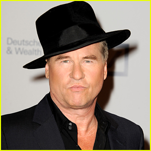 Val Kilmer Looks Back on His Time as Batman: 'It Was A Struggle'