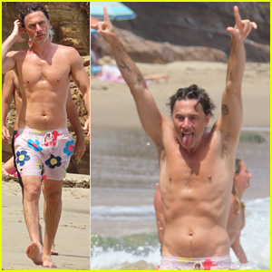 Zach Braff Puts His Fit Shirtless Figure on Display at the Beach