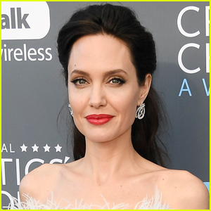 Angelina Jolie Breaks Record with Instagram Debut!