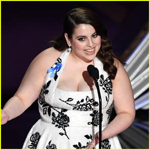 Beanie Feldstein Talks About the Major Wardrobe Malfunction She Almost Had at Last Year's Oscars