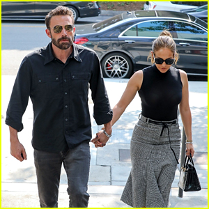 Ben Affleck & Jennifer Lopez Hold Hands During a Trip to the Mall - New Photos!