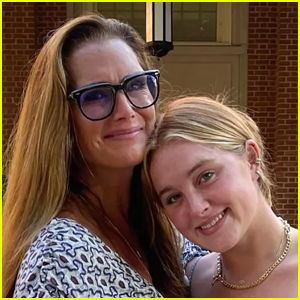 Brooke Shields Get Emotional Dropping Daughter Rowan Off at College