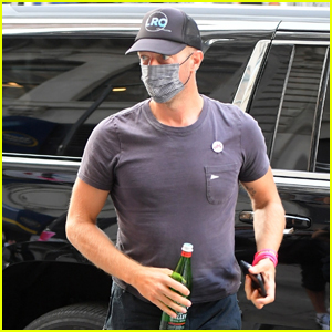 Chris Martin Arrives on Set of New Project in New York City