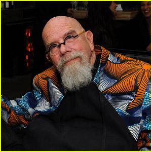 Chuck Close Dead - Photorealist Artist Dies at 81