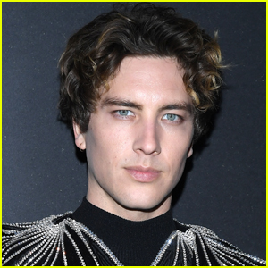 Cody Fern Responds to Criticism of His Actual Australian Accent in 'American Horror Stories'