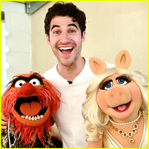 Darren Criss is Joined by The Muppets at His Elsie Fest 2021!