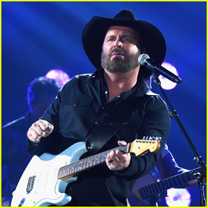 Garth Brooks Calls Off Remaining 2021 Stadium Tour Dates - Find Out Why