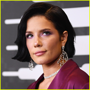Halsey Talks Being Treated 'Like a Teen Mom' After Announcing Pregnancy
