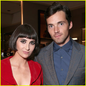 Pretty Little Liars' Ian Harding Married Sophie Hart Almost 2 Years Ago!