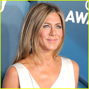 Jennifer Aniston Reveals Which Celebrity Has the Best Red Carpet Pose & Why