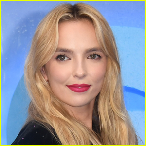 Jodie Comer Reveals the Weird Things Fans Have Asked Her to Do