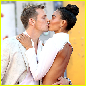 Joel Kinnaman & Fiancee Kelly Gale Are Picture Perfect at 'The Suicide Squad' L.A. Premiere!