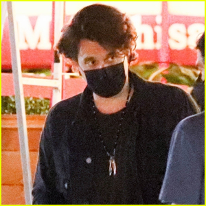 John Mayer Grabs Dinner with Friends in Beverly Hills