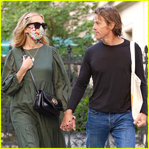 Julia Roberts & Husband Danny Moder Hold Hands During Rare Outing in NYC