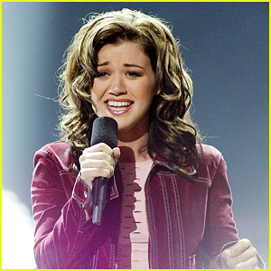 Kelly Clarkson Says That The First Cast Thought 'American Idol' Was A Joke