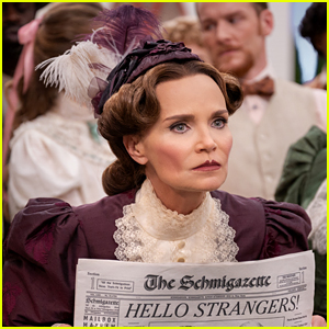 Kristin Chenoweth Performed This Entire 'Schmigadoon' Musical Number in Just One Take - Watch Now!