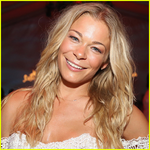 LeAnn Rimes Reveals She Faced 'Heavy Depression' Amid Pandemic