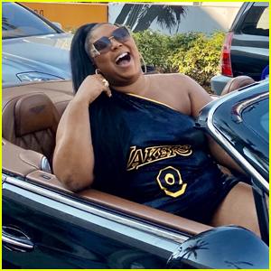 Lizzo Drives Around Beverly Hills Blasting Her New Song 'Rumors'