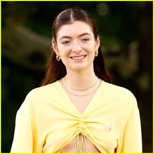 Lorde Is Still Going Strong with Her Boyfriend Justin Warren, New PDA Photos Emerge!