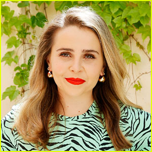 Good Girls' Mae Whitman Comes Out as Pansexual, Explains What That Means for Her