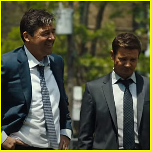 Jeremy Renner & Kyle Chandler Run The Town in First 'Mayor of Kingstown' Trailer - Watch Here!