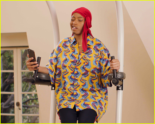 Keke Palmer in Turnt Up with the Taylors