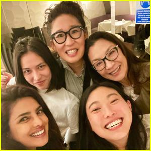 Priyanka Chopra Grabs Dinner with Sandra Oh, Awkwafina, & More Famous Friends in London!