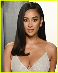 Shay Mitchell Reacts to 'Pretty Little Liars' Return Speculation