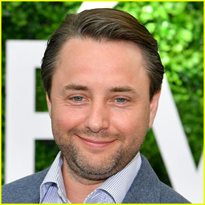 Vincent Kartheiser Was Subject of Misconduct Claims on 'Titans' Set - See His Rep's Response