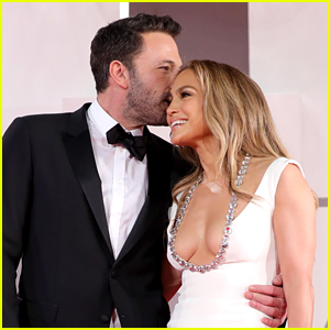 One of Ben Affleck's Famous Exes Just Commented on His Red Carpet Debut with Jennifer Lopez!