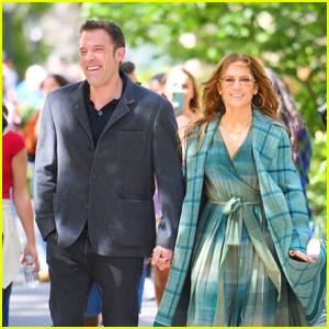 Jennifer Lopez & Ben Affleck Take a Stroll Together in Madison Square Park