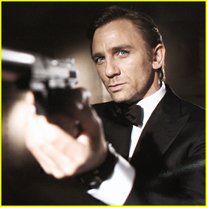 Daniel Craig Explains Why He Doesn't Think a Woman Should Play James Bond