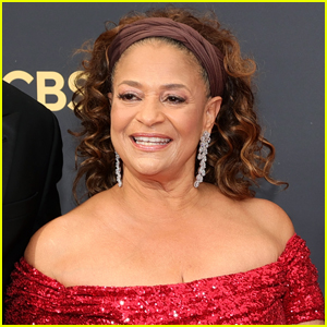Debbie Allen Accepts the Governors Award at Emmys 2021 - Watch!