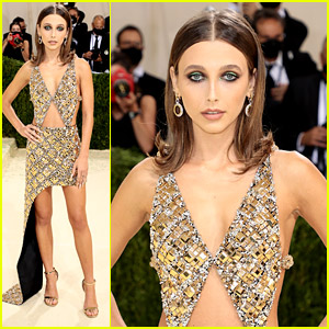 Influencer Emma Chamberlain Shines in Gold Louis Vuitton For Met Gala 2021